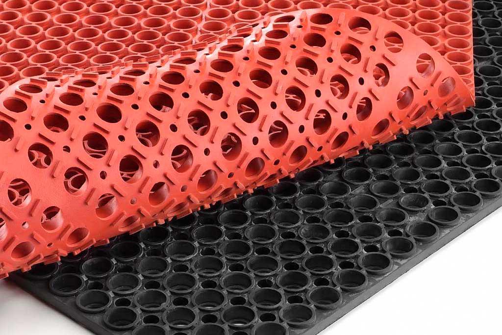Резиновый диэлектрический коврик